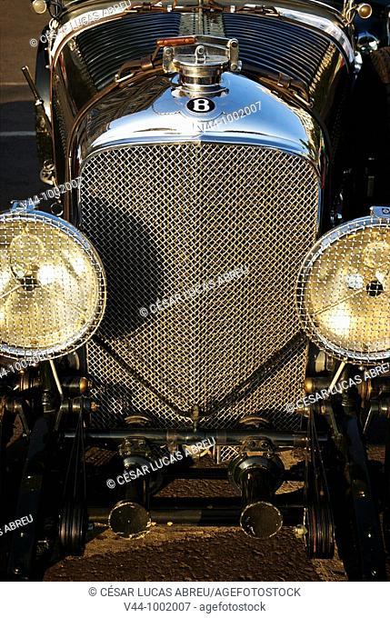 Bentley 4 1/2 Litre 1928  Louis Vuitton Classic Boheme Run