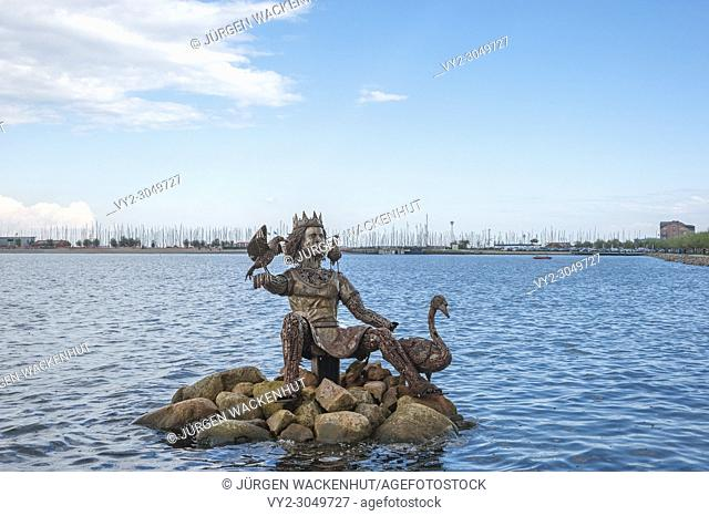 Inland lake with the sculpture of the sea god Njörd, Heiligenhafen, Baltic Sea, Schleswig-Holstein, Germany, Europe