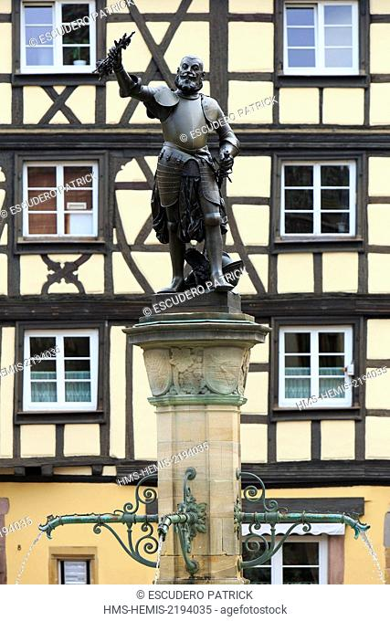 France, Haut Rhin, route des Vins d'Alsace, Colmar,fountain by Bartholdi dedicated to Lazare de Schwendi and half timbered house on Place de l'Ancienne Douane...