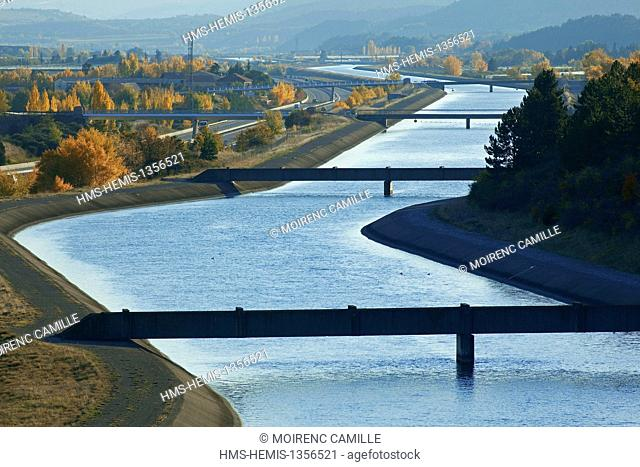 France, Hautes Alpes, between Plan and Vitrolles Ventavon, EDF canal