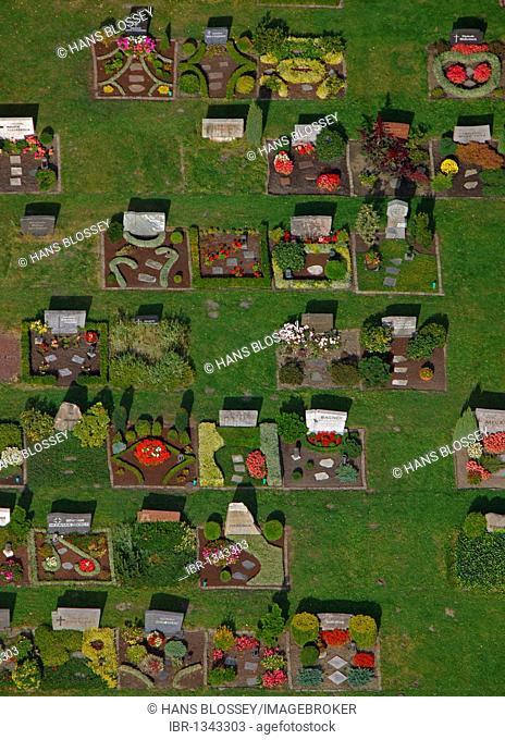 Aerial view, cemetery, Butendorf, Gladbeck, Ruhrgebiet region, North Rhine-Westphalia, Germany, Europe