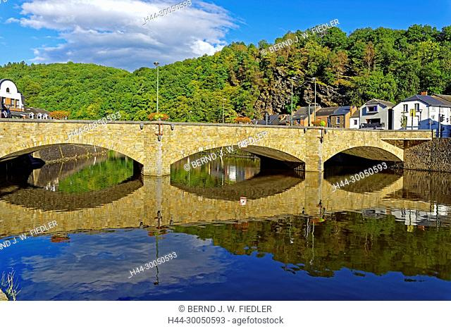 River, Ourthe, bridge, Pont you Engraving, La Smelling Roche-en-Ardenne Belgium