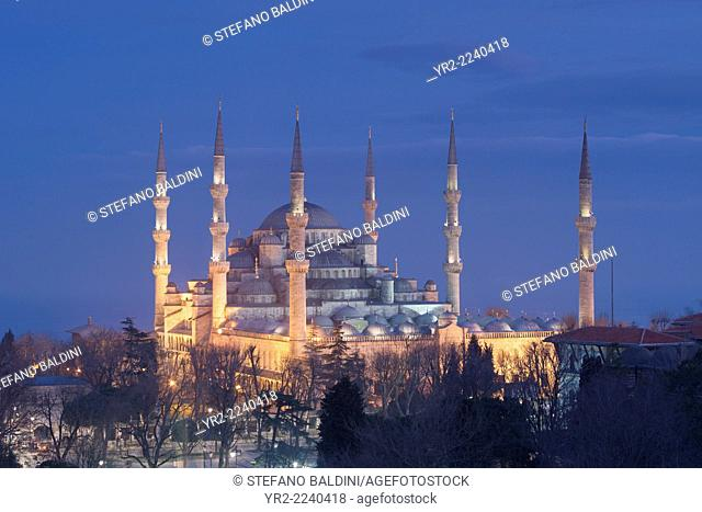 The Blue Mosque at night, Sultanahmet, Istanbul, Turkey
