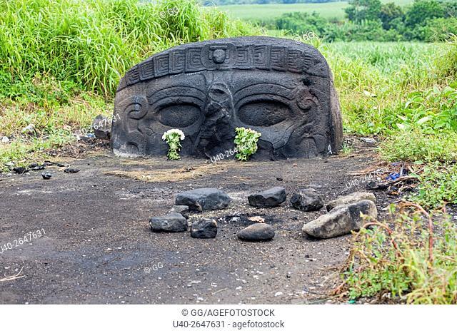 Guatemala, El Baul, Mayan stone head