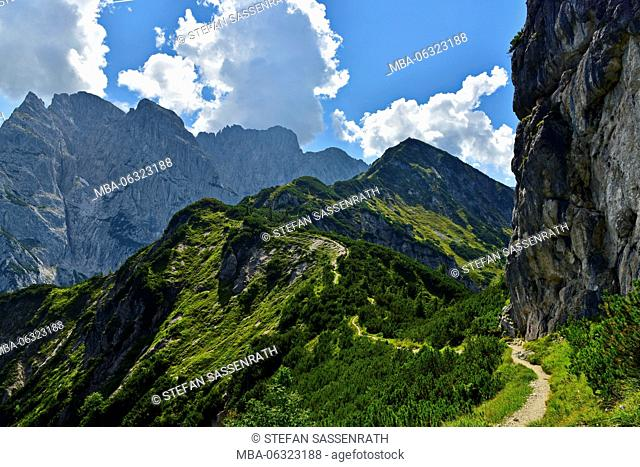 Way to Stripsenkopf (mountain)