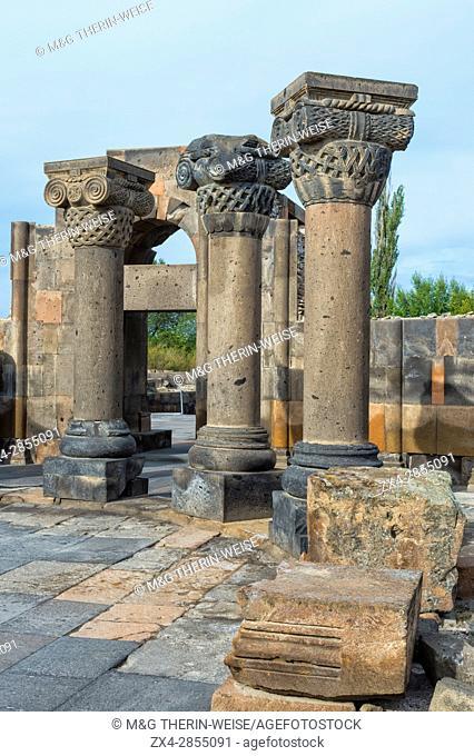 7th century Zvarnots ruins, Zwartnots temple or St Gregory Cathedral, Yerevan, Armavir Province, Armenia, Caucasus, Asia, Unesco World Heritage Site
