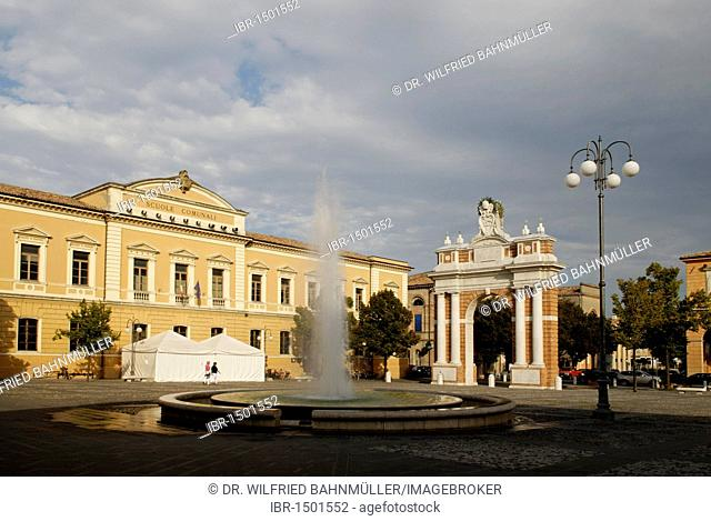 Piazza Ganganelli with the Arco Clemente XIV. triumphal arch, monument to Pope Clement XIV, Santarcangelo di Romagna, on the Adriatic Sea, Rimini province
