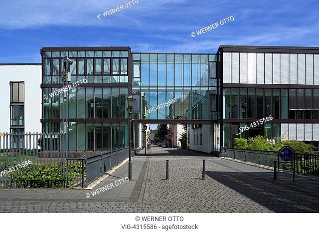 DEUTSCHLAND, DUISBURG, RUHRORT, 29.07.2009, D-Duisburg, Rhine, Lower Rhine, Ruhr area, North Rhine-Westphalia, D-Duisburg-Ruhrort, Franz Haniel Academy