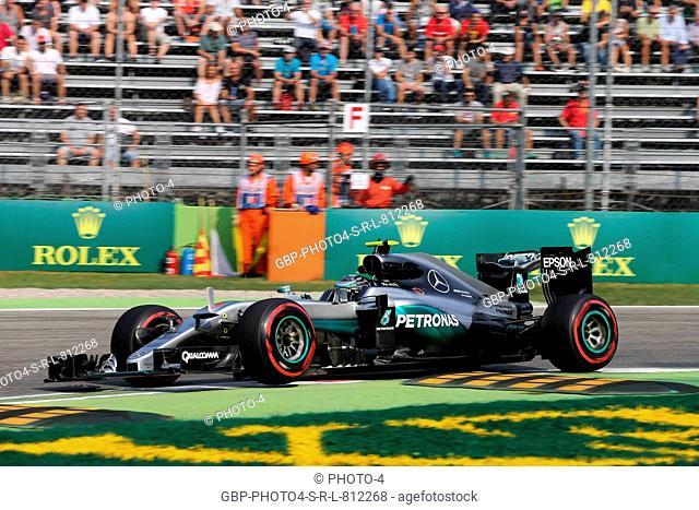 02.09.2016 - Free Practice 1, Nico Rosberg (GER) Mercedes AMG F1 W07 Hybrid
