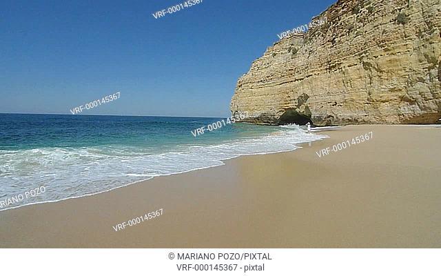 Centeanes Beach, Carvoeiro, Lagoa, Algarve, Portugal