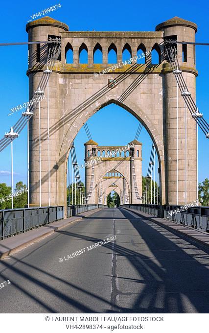 Suspension bridge across the Loire River. Langeais, Indre-et-Loire Department, Centre-Val de Loire Region, Loire valley, France, Europe