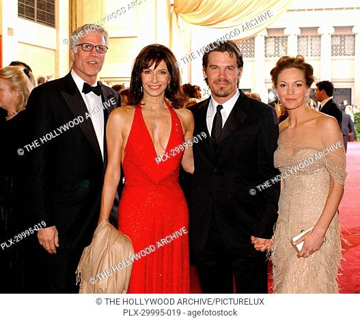 The Academy of Motion Picture Arts and Sciences Presents 75th Annual Academy Awards 03/25/03 Ted Danson, Mary Steenburgen, Josh Brolin