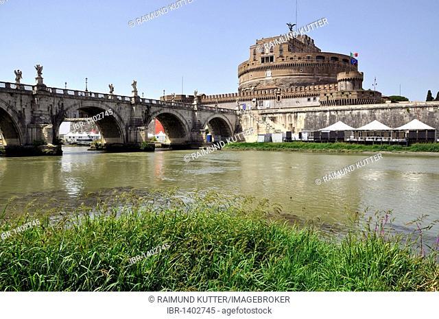Ponte Sant'Angelo, Bridge of Angels, Tiber River, Castel Sant'Angelo, Castle of Angels, Rome, Lazio, Italy, Europe