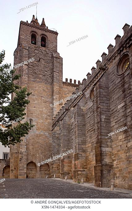 Cathedral, Evora, Portugal, Europe