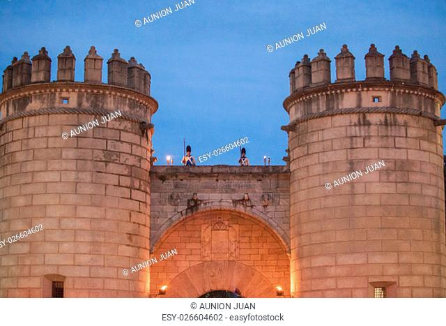 Badajoz, Spain - May 25, 2016: spanish troops during the Armed forces day. 16th Infantry Regiment Castilla period dressed guards at Palms door