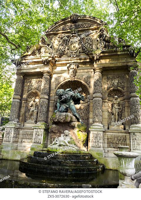 Fontaine Medicis (Medici fountain) in the Luxembourg Gardens - Paris, France