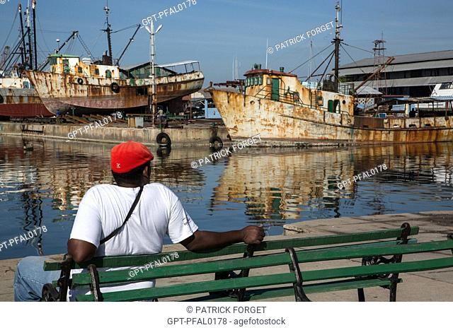 OLD BOATS UNDERGOING REPAIRS, DOCKYARDS IN THE BAY OF CIENFUGOS, FORMER PORT CITY POPULATED BY THE FRENCH IN THE 19TH CENTURY