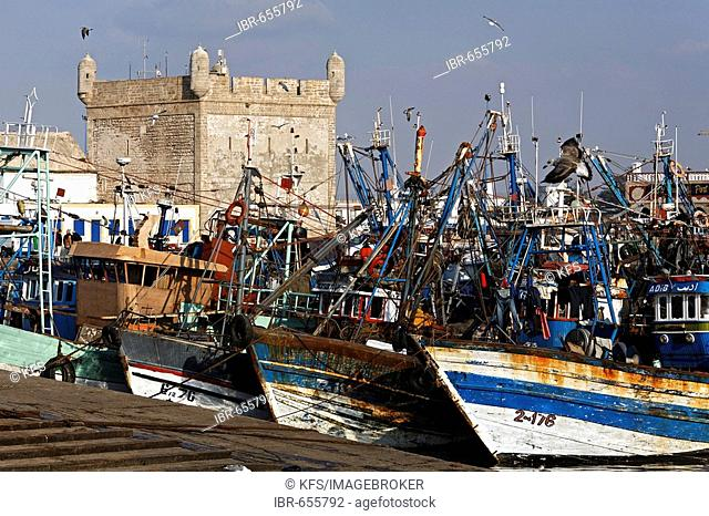 Picturesque fishing harbour and tower of Scala du Port Fortress, Essaouira, Morocco, Africa