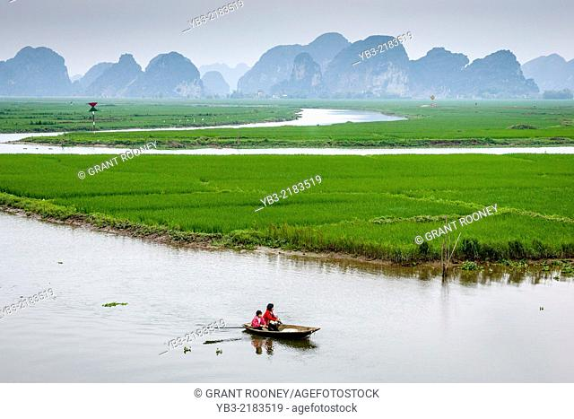 The Ngo Dong River and Mountain Scenery, Tam Coc, Ninh Binh Province, Vietnam