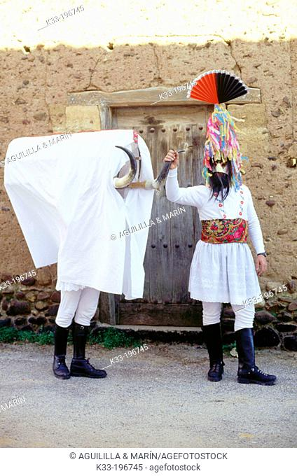 'Guirrio', carnival. Velilla de la Reina. León province. Spain
