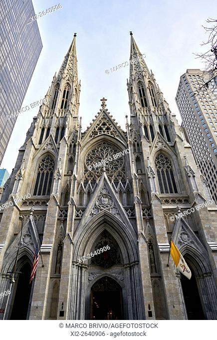 The exterior of St. Patrick's Cathedral on 5th Avenue. Manhattan, New York City, USA