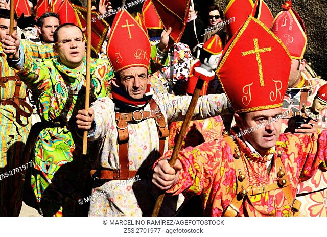 The Endiablada is the name given to a festive immemorial tradition celebrated in Almonacid del Marquesado province of Cuenca, on days 1