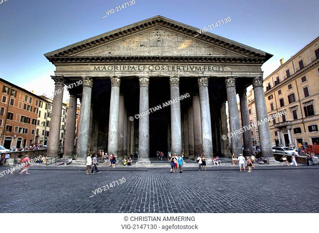 pantheon in Rome - Rome, ITALY, 24/07/2009