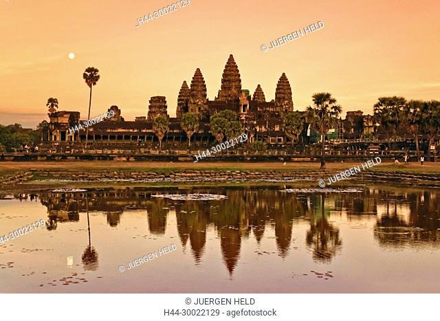Sunset at Angkor Wat Temple, Cambodia, Asia