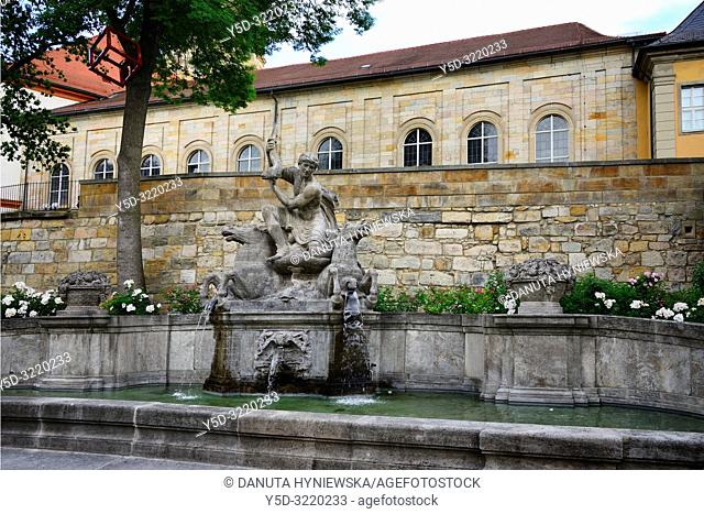Wittelsbacher fountain opposite the Margravial Opera House, Opernstrasse, Castle church's vicarage in the background, Bayreuth, Upper Franconia, Bavaria, Bayern