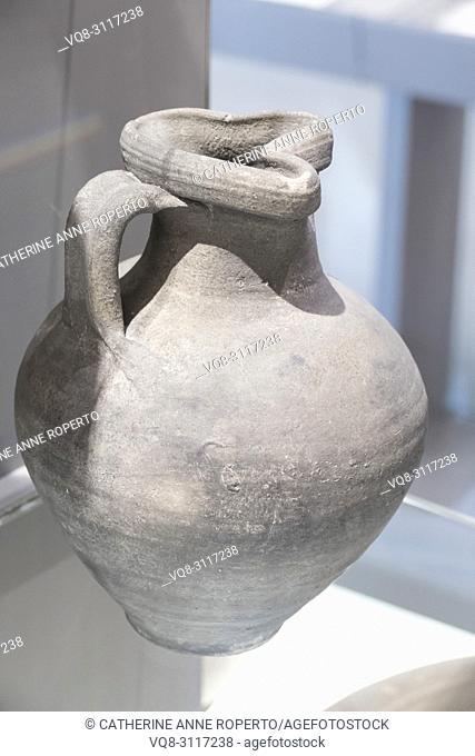 Pottery, Roman Museum, Nimes, Provence, France