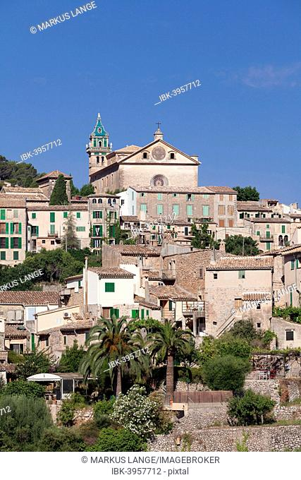 Townscape with Valldemossa Charterhouse, Valldemossa, Majorca, Balearic Islands, Spain