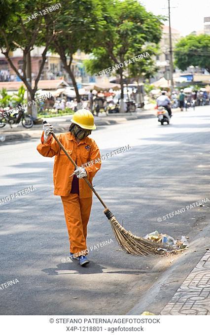 Street Sweeping, Ho chi Minh City, Vietnam