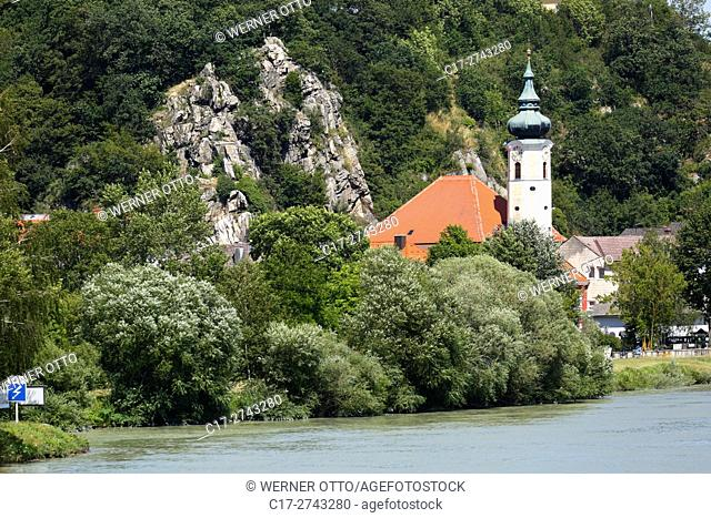 Austria, Lower Austria, A-Marbach an der Donau, Danube, Waldviertel, city view, Saint Martin Church, parish church, catholic church, baroque, Danube landscape