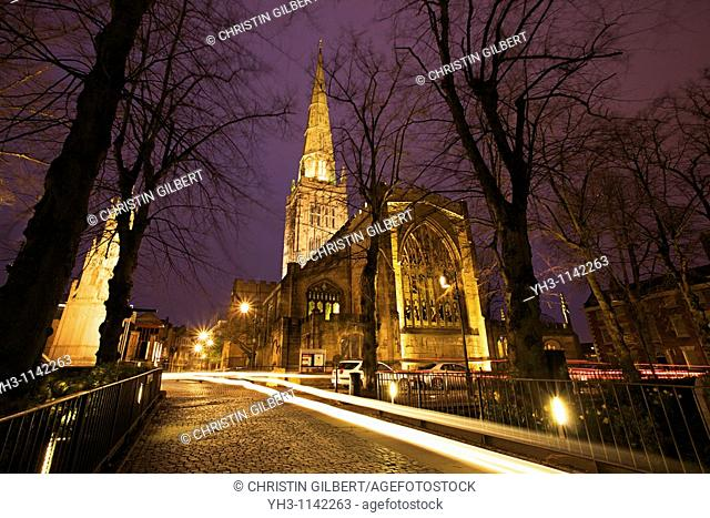 Holy Trinity Church in Coventry at night, Coventry, West Midlands of England, United Kingdom