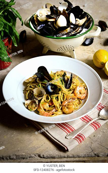Spaghettis with seafood