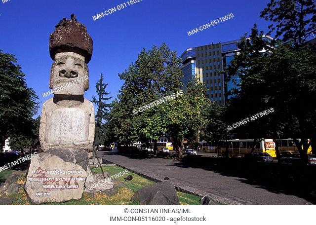 Avenida Libertador Bernardo O'Higgins, Moai Statue Santiago, Chile, South America