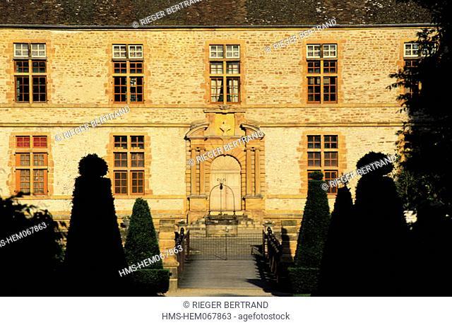 France, Saône-et-Loire (71), Mâconnais region, Cormartin castle, the eastern facade