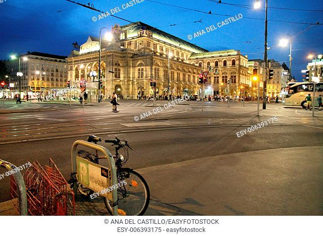 Ten thousands of visitors from abroad congest the city centre of Vienna between the Stephansdom and the Hofburg, Vienna's State Opera House at night