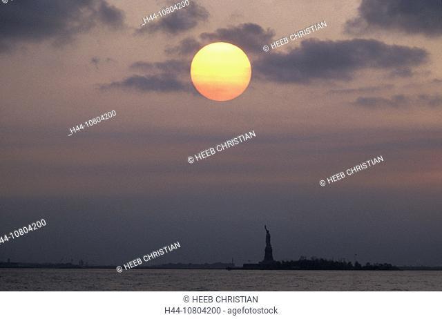 ball, distant, mood, New York, silhouette, sphere, sundown, Statue of Liberty, sun, USA, America, United States, wat