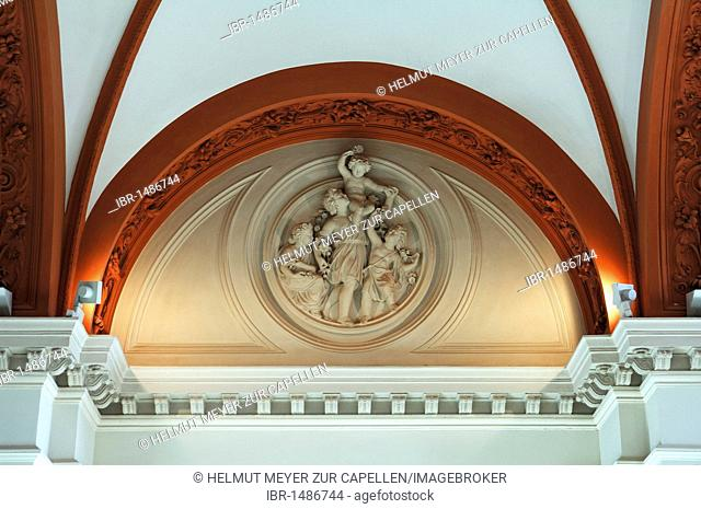 Detail of the ceiling in the entrance hall, Schweriner Schloss castle, built from 1845 to 1857, romantic historicism, Lennéstrasse 1, Schwerin