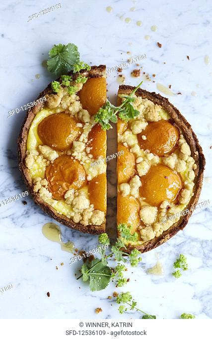 Apricot tart, halved