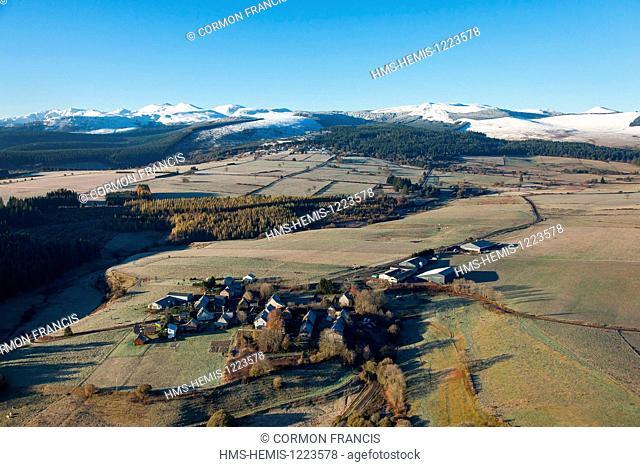 France, Puy de Dome, Parc Naturel Regional des Volcans d'Auvergne (Auvergne Volcanoes Natural Regional Park), Saulzet le Froid, La Martre hamlet