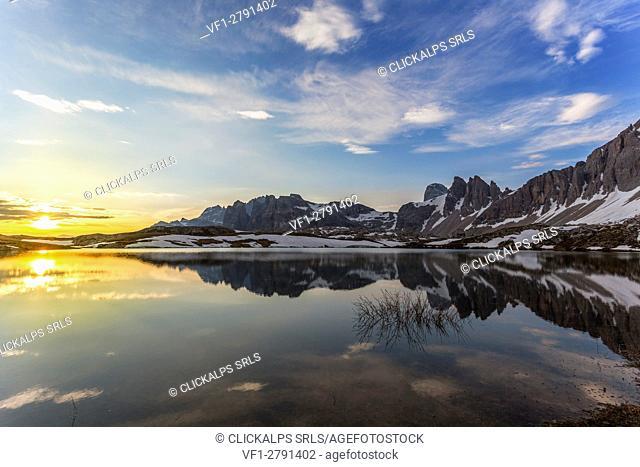 Europe, Italy, South Tyrol, Bolzano. The sunrise at Laghi dei Pian(Bodenseen) Sextner Dolomites
