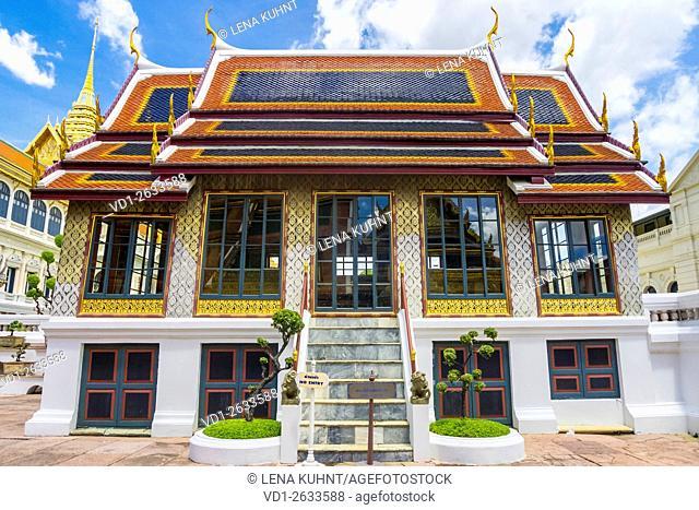 Phra Thinang Dusidaphirom hall at the Grand Palace complex, Bangkok, Thailand