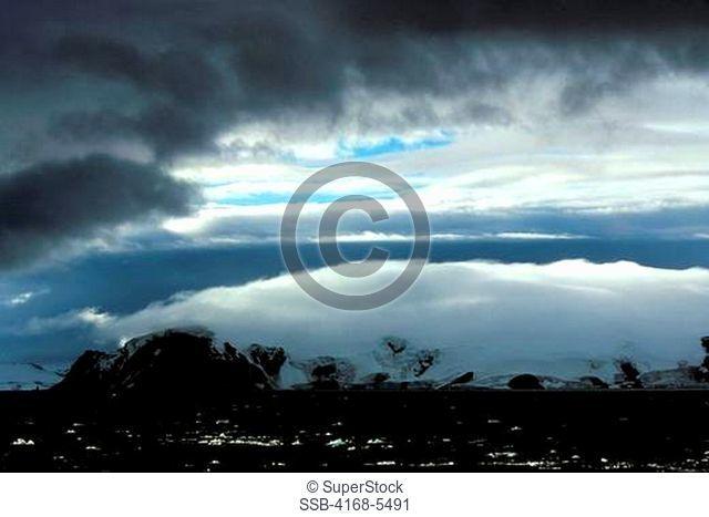 ANTARCTICA, KING GEORGE ISLAND, SOUTH SHETLAND ISLAND GROUP