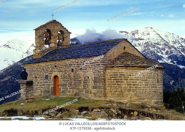 Sant Quirc chapel Romanesque chapel Durro Boí valley Lleida province  Catalonia  Spain