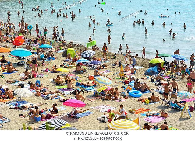 Beach with People in the Summer, Plage de Sainte Croix, La Couronne, Martigues, Cote Bleue, Mediterranean Sea, Provence Alpes Cote d Azur, Bouches du Rhone