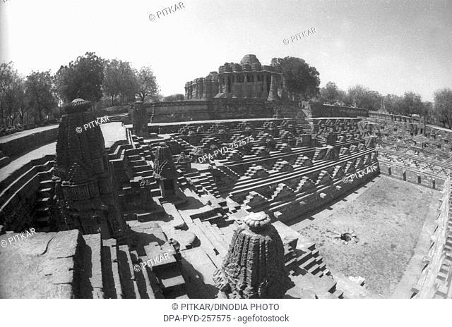 stepwell modhera Hindu sun temple, Mehsana, Gujarat, India, Asia