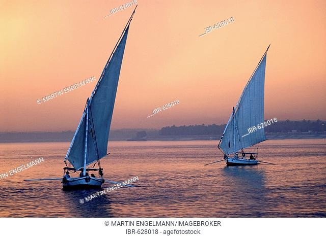Feluccas, traditional sailboats on the Nile near Luxor, Egypt, Africa