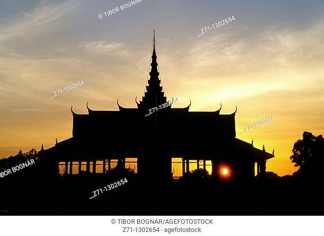 Cambodia, Phnom Penh, Royal Palace, sunset